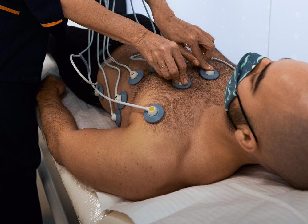 Pacijent u toku ehokardiografije